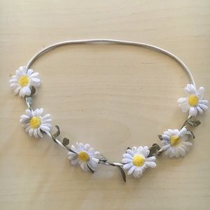 Forever 21 Daisy & Leaf Flower Crown/Headband